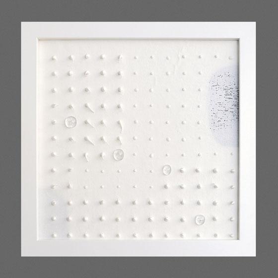 Joanna Apanowicz, Repetycje dotykowe, seria III, 2016, porcelana, szkło, unikat